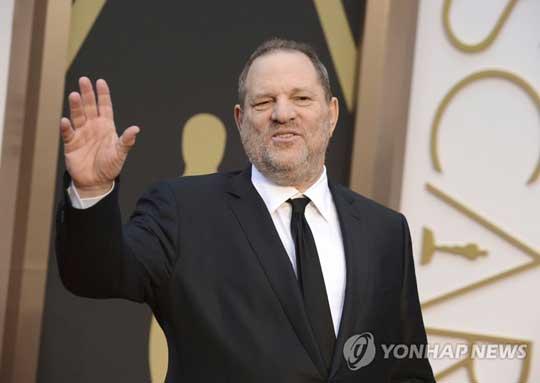 여배우들 다수를 성추행한 혐의를 받고 있는 할리우드 영화제작자 하비 와인스틴 [AP=연합뉴스]
