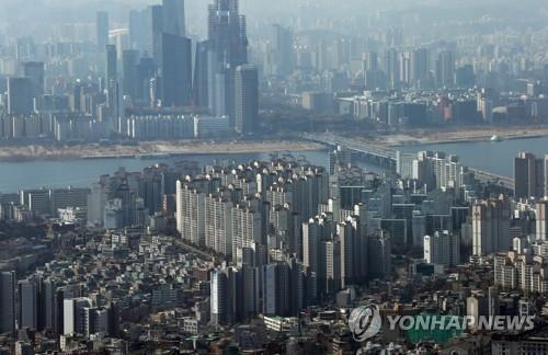 남산 N서울타워에서 바라본 서울 시내 아파트 [연합뉴스 자료사진]
